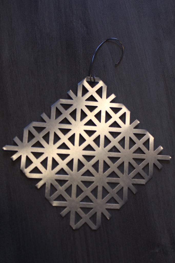 Metal Christmas Snowflake Ornaments