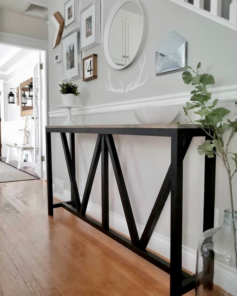 Farmhouse V Console Table