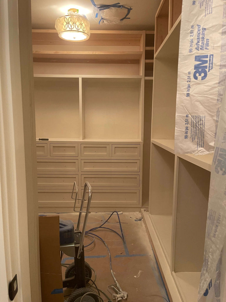 Spraying a closet built in with a grace x7