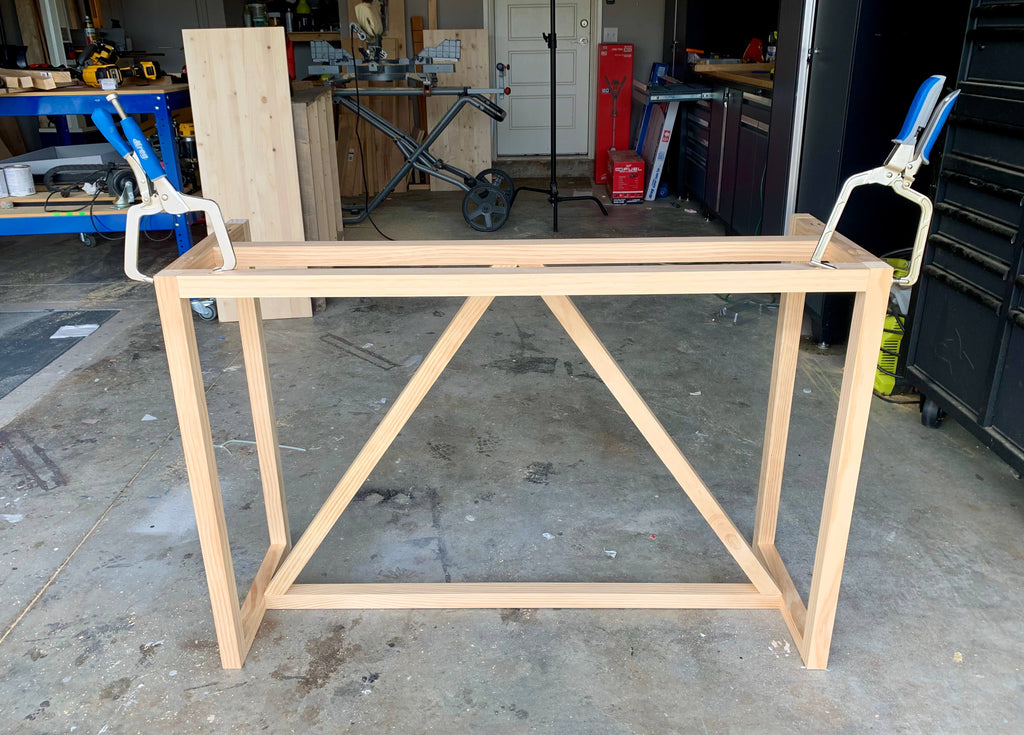 DIY Console table help up by Kreg Right Angle Clamps