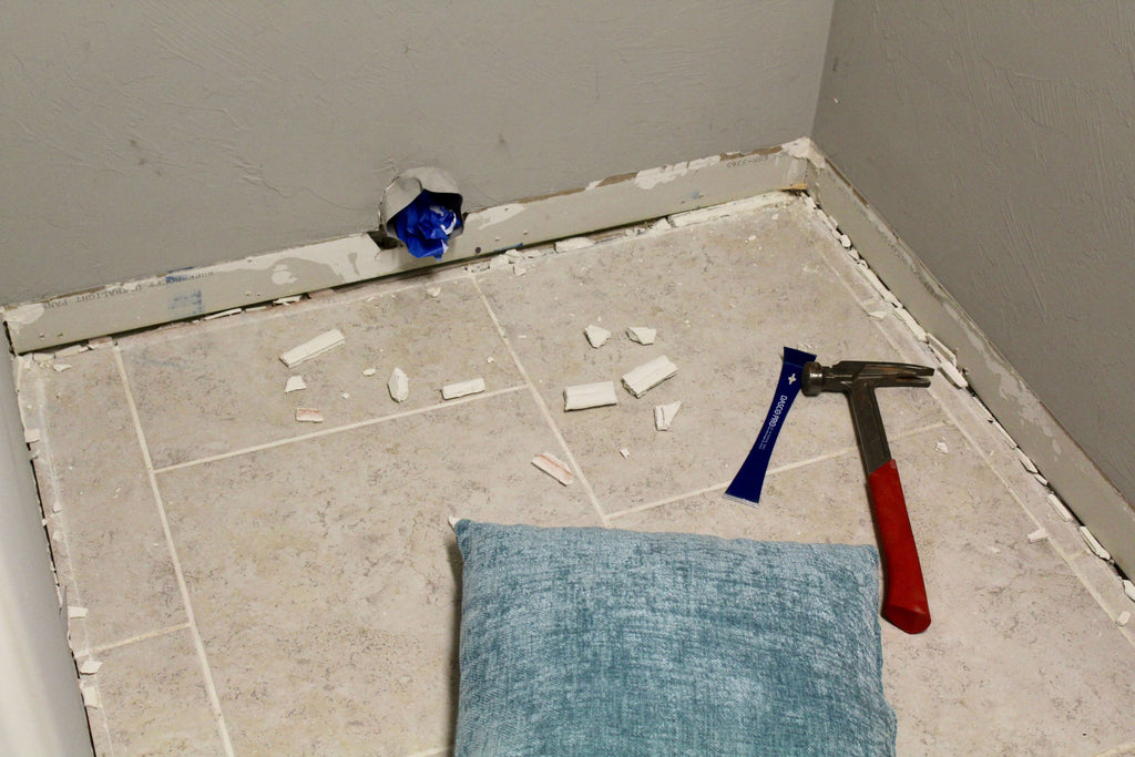 Removing Baseboard to Install Vinyl Flooring
