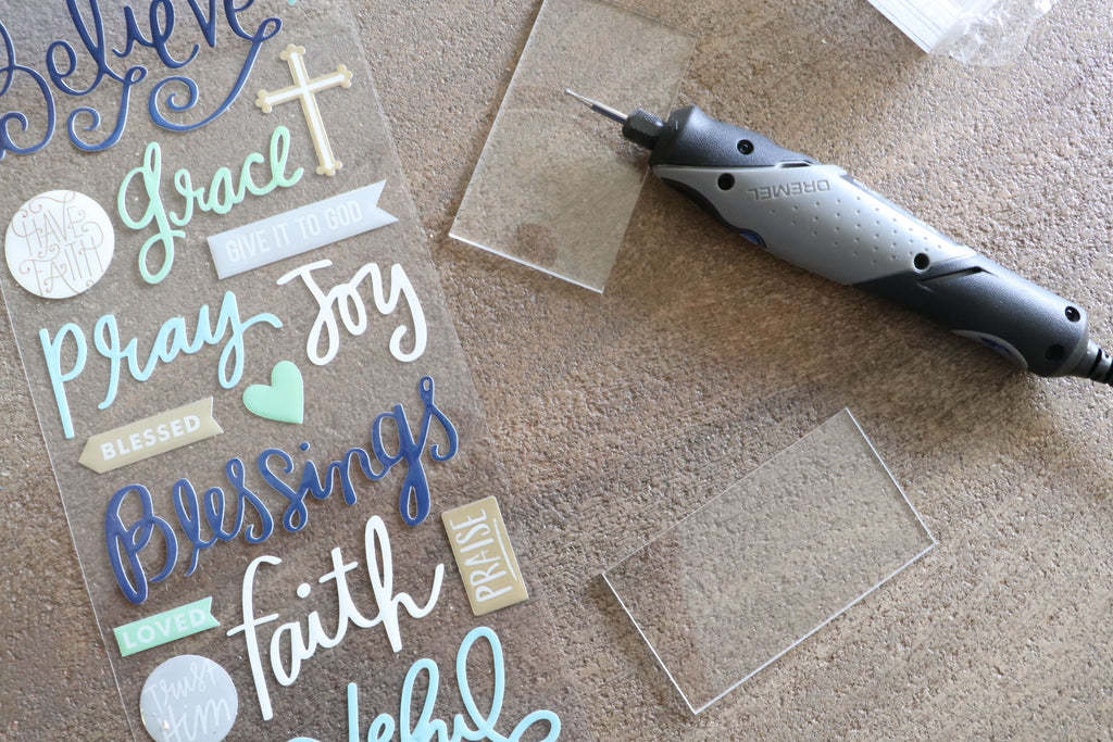 Acrylic Place Cards using Dremel Stylo Craft Tool