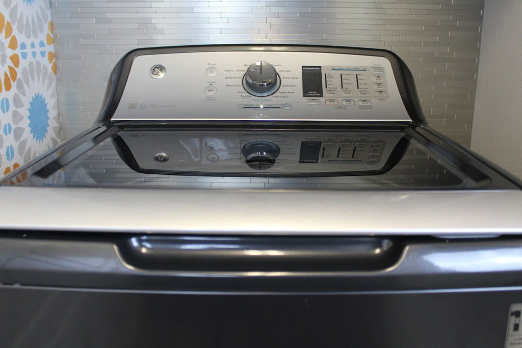 GE Washer and Dryer with WIFI
