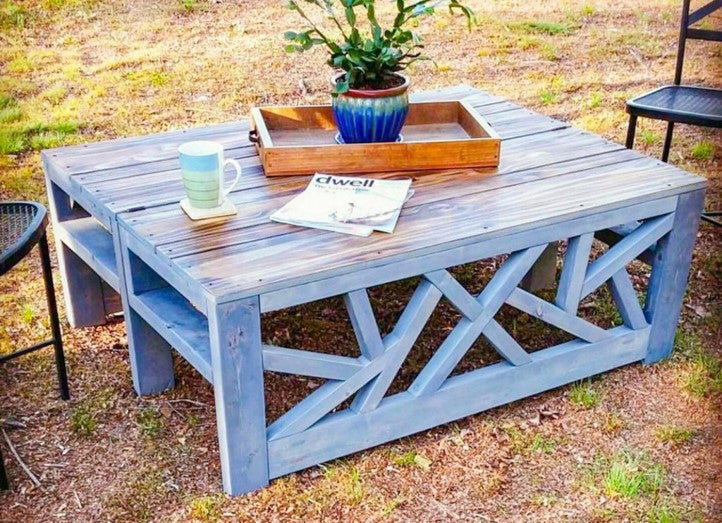 DIY Outdoor Convertible Coffee Table and Bench outdoors