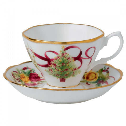 Royal Albert Old Country Roses Christmas Teacup and Saucer 0.15L