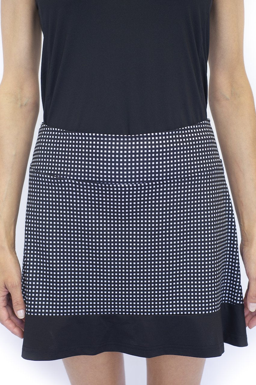 Golftini Instigator Pull On Ruffle Tech Skort- Black/White Gingham