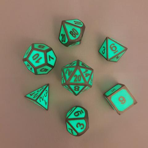 Glow in the dark Metal Dice Set
