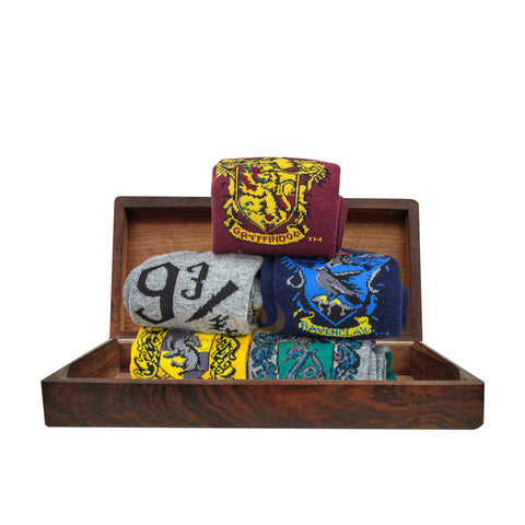 Set of 5 Harry Potter-themed socks with house crest
