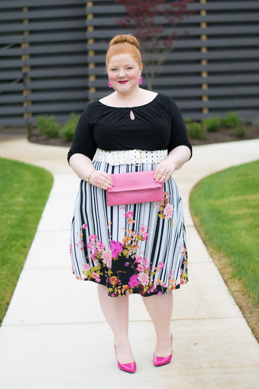 plus size fashion blogger in igigi dress