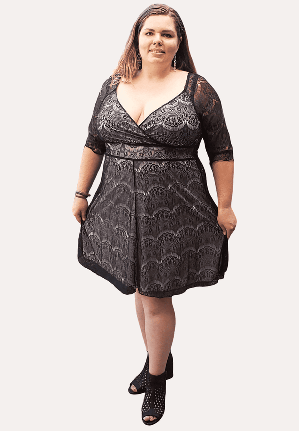 Sasha in Black Lace 14/16 (Ready-To-Ship)