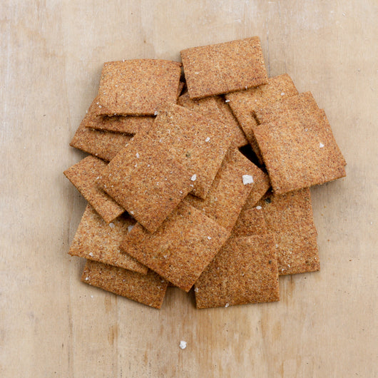 Herby whole wheat crackers