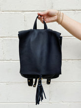 Load image into Gallery viewer, presley backpack black