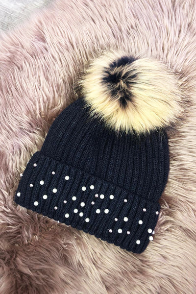 Pearl Bobble Hat - Black