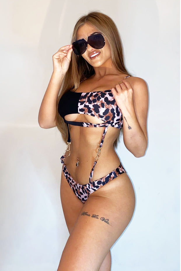 Clasp Cut Out Swimsuit - Leopard/Black