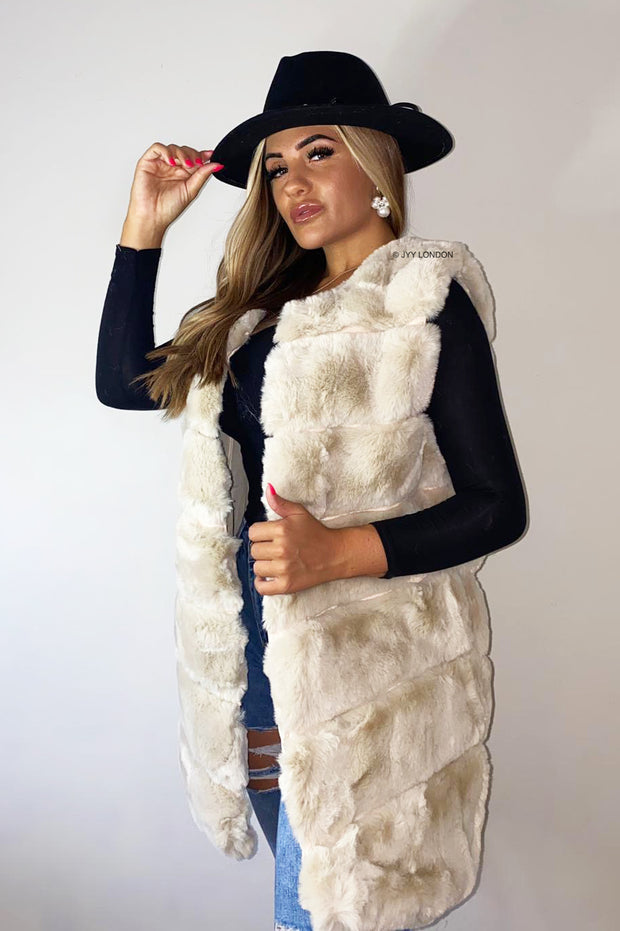 JYY Faux Fur Gilet - Cream