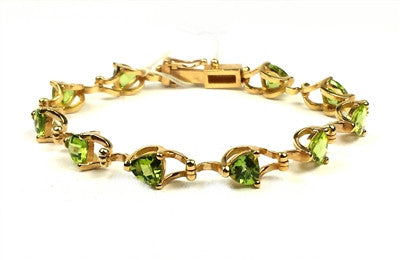 Peridot fancy bracelet.