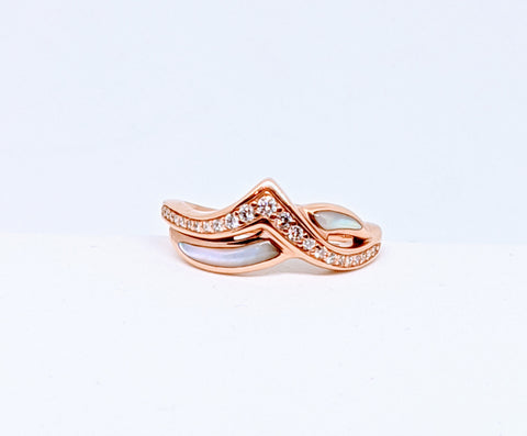 "Pink mother of pearl & diamond ring, Rose gold, Designer ""Kabana"""