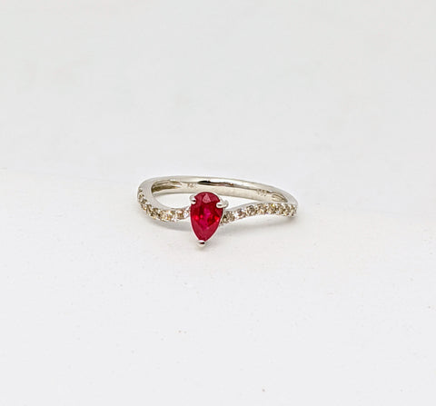 Ruby & Diamond curved ring