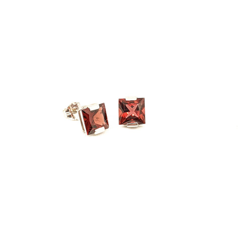 Garnet stud earrings 14k white gold