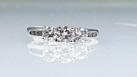 three stones diamond engagement ring 1.00ct tw diamonds