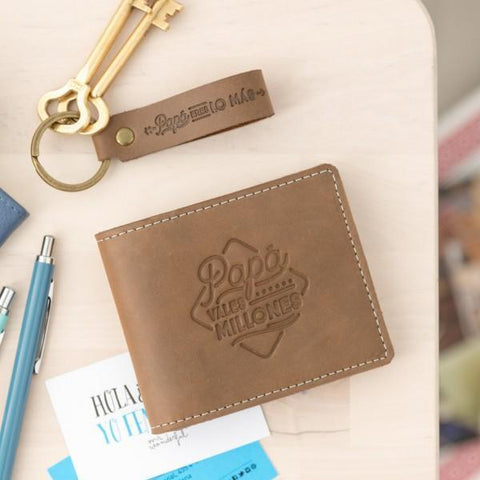 Set billetera y llavero para padres que valen su peso en oro Mr. Wonderful MR.WONDERFUL- Depto51