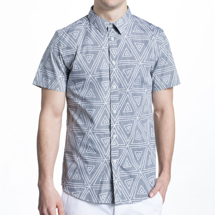 Reverse Print Geo Shot Sleeve Shirt in Washed Black