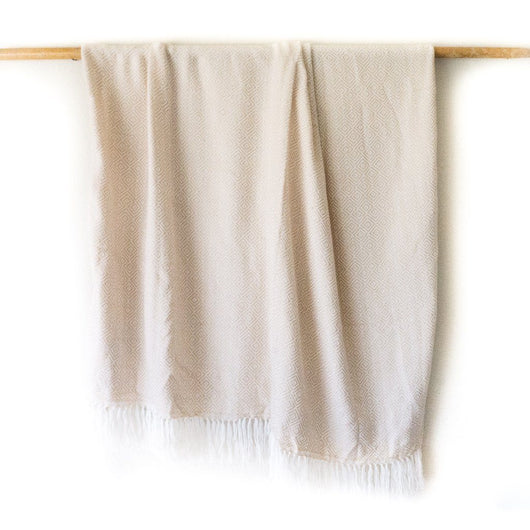 Peruvian Alpaca Blanket - Golden Ivory || Keeka Collection