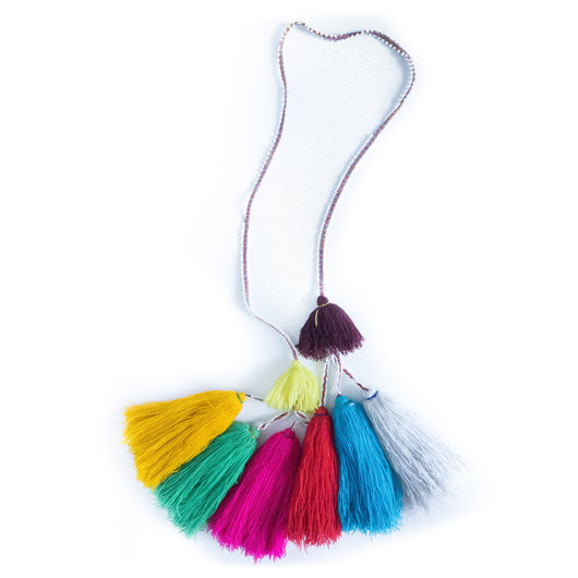 Hanging Peruvian tassel garland - Arequipa || Keeka Collection