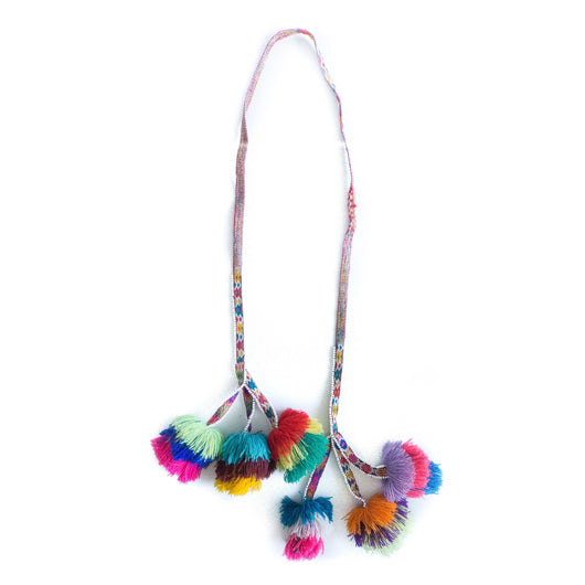 Hanging Peruvian tassel garland - Tres / / Keeka Collection
