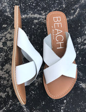 Load image into Gallery viewer, Pebble Sandal-White
