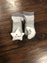 Load image into Gallery viewer, MudPie Rattle Toe Socks