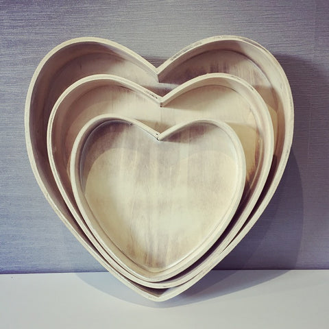 Lime Wash Wooden Heart Tray Set