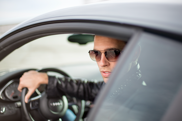 Can sunglasses help you drive in the rain?