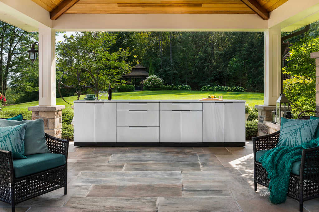 "Include Countertops / 40"" Grill & Grill Cabinet"