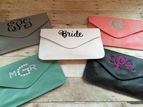 Clutch Purse- Monogrammed Clutch- Personalized evenlope clutch- Bridesmaid gift --Bridal Purse -- SALE - Pretty's Bowtique