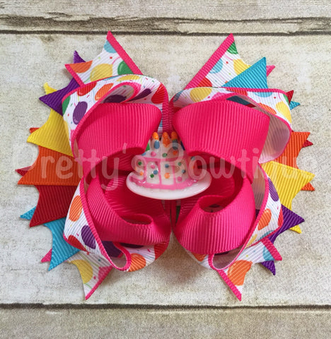 Birthday Bow -- Birthday balloons Bow -- Birthday Headband -- Birthday Bow with cake center -- Girls OTT bow - Pretty's Bowtique