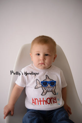 Boys Beach Shirt-- Boys Shark T shirt -- Baby Boys Beach Shirt -- Baby boy bodysuit -- Vacation shirt -- Boys Shark oufit - Pretty's Bowtique