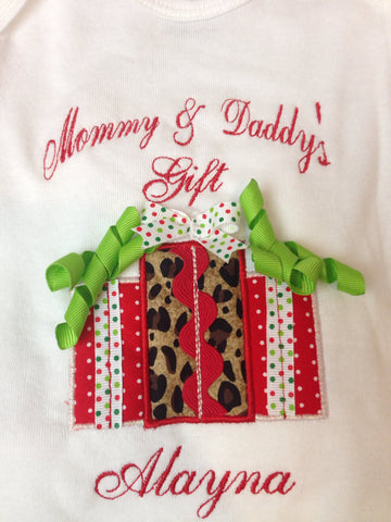 Christmas gifts Personalize at no extra charge - Pretty's Bowtique