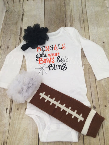 Bengals inspired girls like bling set with ruffled football leg warmers and bow. - Pretty's Bowtique