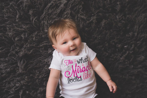 This is what a Miracle looks like bodysuit hosptial or coming home shirt outfit - Pretty's Bowtique