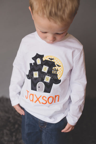 e96bd9804 Boys Halloween shirt or bodysuit - haunted house with moon and bats- b –  Pretty's Bowtique