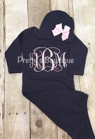 Newborn baby girl coming home outfit monogram gown  -- Monogramed newborn gown and hat - Pretty's Bowtique