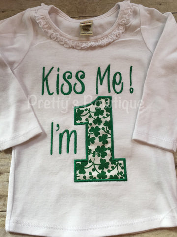 1st Birthday St. Patrick's shirt or bodysuit  -- Kiss me I'm 1 St. Patrick's Day Birthday shirt - Pretty's Bowtique