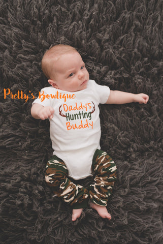 Daddy's hunting buddy shirt or body suit and camo leg warmers camo-deer-hunting-little hunter -- Daddy's hunting buddy outfit - Pretty's Bowtique