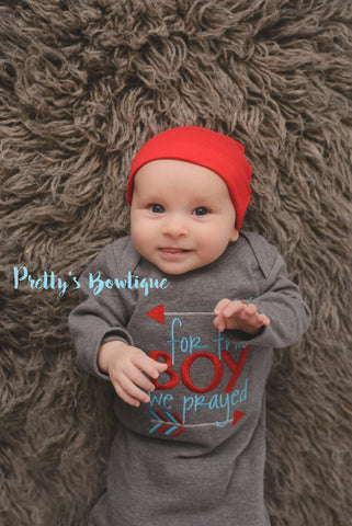 Baby boy coming home outfit - Newborn boy coming home outfit For this Little boywe have prayed gown and hat - Pretty's Bowtique