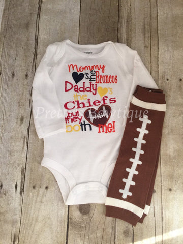 Mommy loves the (you pick team) daddy loves the (you pick team) but the both love me football leg warmers -- House divided football - Pretty's Bowtique