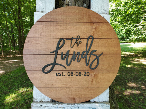 Round Shiplap Guestbook with Last Name and Date