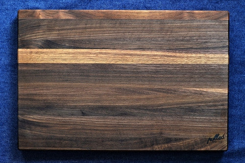 THE ELLIS- WALNUT CUTTING BOARD