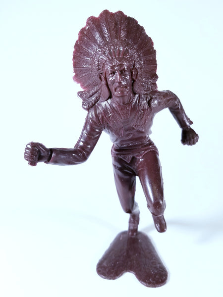 VINTAGE INDIAN CHIEF FIGURE