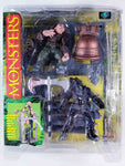 1997 MONSTERS MCFARLANE TOYS - SERIES 1 HUNCHBACK PLAYSET